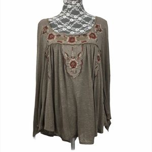 Free People Peasant Style Floral Embroidered Top